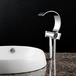 Modern Bad en douche Waterval with Keramische ventiel Single Handle Een Hole for Chroom Douchekraan Badkraan Wastafel kraan