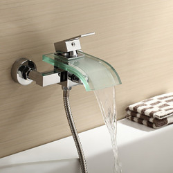 Modern Bad en douche Waterval with Keramische ventiel Single Handle twee gaten for Chroom Douchekraan Badkraan
