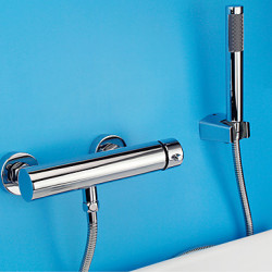 Modern Bad en douche Wide spary with Keramische ventiel Single Handle twee gaten for Chroom Douchekraan Badkraan