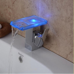 Modern Middenset LED Waterval with Keramische ventiel Single Handle Een Hole for Chroom Wastafel kraan