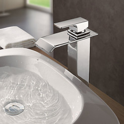 Modern Bassin Waterval with Messing ventiel Single Handle Een Hole for Chroom Badkraan Keuken Kraan Wastafel kraan