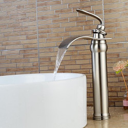 Modern Middenset Waterval Wide spary with Keramische ventiel Single Handle Een Hole for Geborsteld nikkel Wastafel kraan